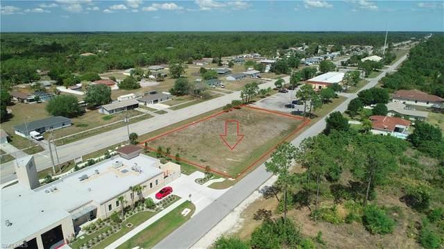 1010 Joel Boulevard, Lehigh Acres, FL 33936 (MLS #221020030) :: #1 Real Estate Services