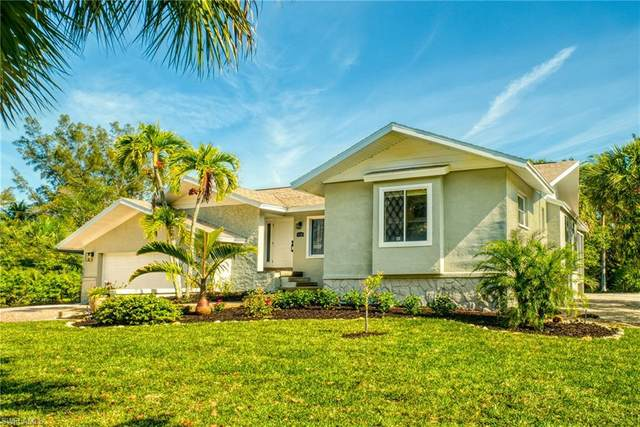 3010 W Gulf Drive, Sanibel, FL 33957 (MLS #221023010) :: Domain Realty