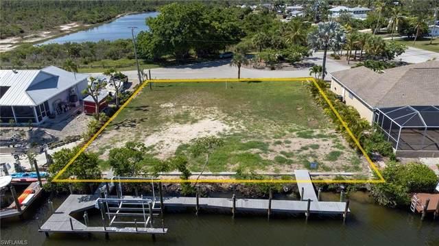 3801 Galt Island Avenue, St. James City, FL 33956 (#221039813) :: Southwest Florida R.E. Group Inc