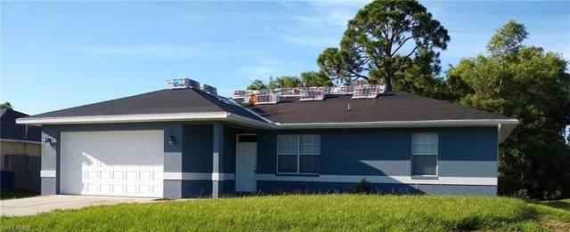 8390 Trillium Road, Fort Myers, FL 33967 (MLS #221052179) :: Florida Homestar Team