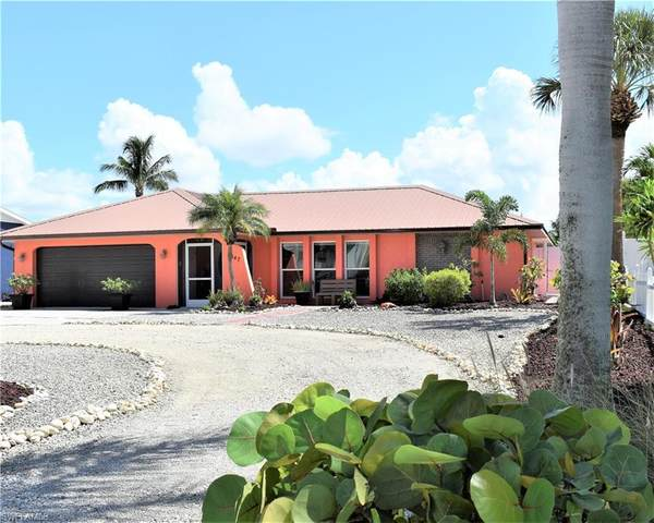 5147 Estero Boulevard, Fort Myers Beach, FL 33931 (MLS #221052964) :: RE/MAX Realty Group
