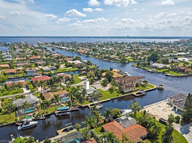 3522 SE 18th Ave, Cape Coral, FL 33904 (MLS #218052450) :: The New Home Spot, Inc.