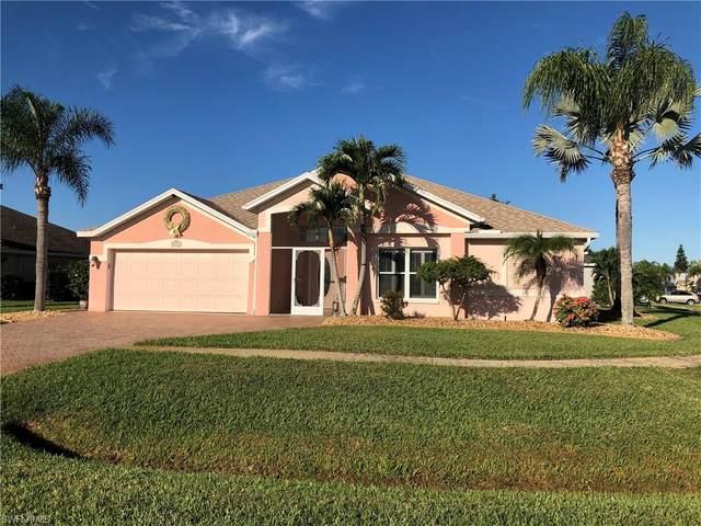 4501 Varsity Lakes Court, Lehigh Acres, FL 33971 (MLS #219080614) :: Clausen Properties, Inc.