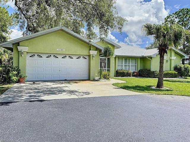 1288 Riverbend Drive, Labelle, FL 33935 (MLS #220022173) :: Clausen Properties, Inc.