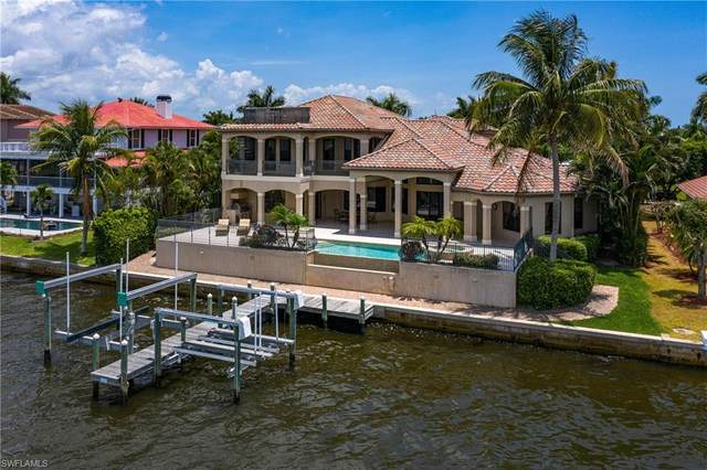 12742 Dennis Drive, Fort Myers, FL 33908 (#220032175) :: The Dellatorè Real Estate Group