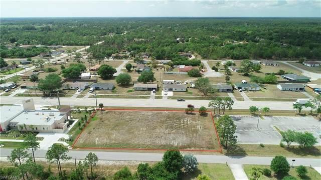 1010 Joel Boulevard, Lehigh Acres, FL 33936 (MLS #221020030) :: Florida Homestar Team