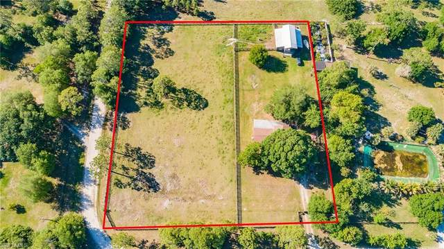 8100 Rich Road, North Fort Myers, FL 33917 (MLS #221021115) :: #1 Real Estate Services
