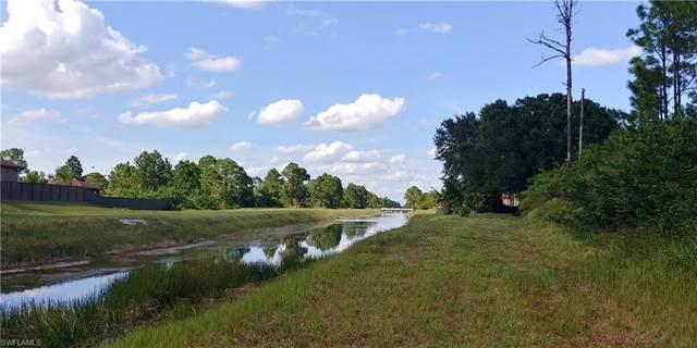832 Anaconda Avenue S, Lehigh Acres, FL 33974 (MLS #221070040) :: #1 Real Estate Services