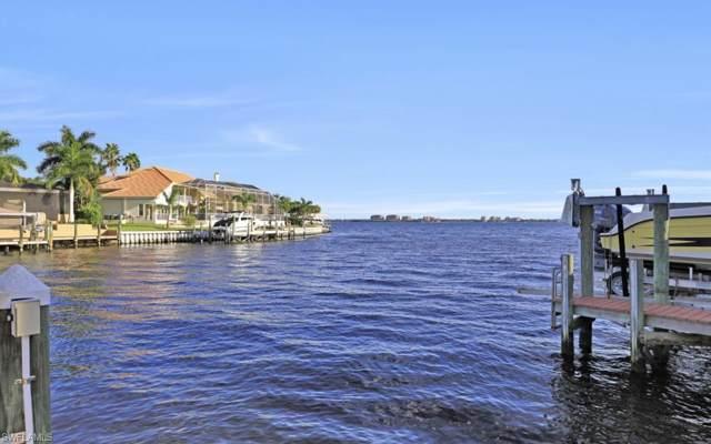469 Bayshore Dr, Cape Coral, FL 33904 (#219072046) :: Jason Schiering, PA