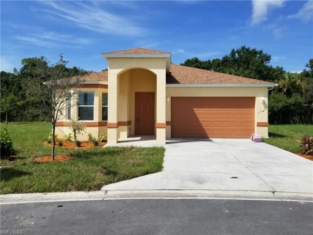 1045 Ford Ct, Immokalee, FL 34142 (MLS #218017527) :: RE/MAX Realty Team
