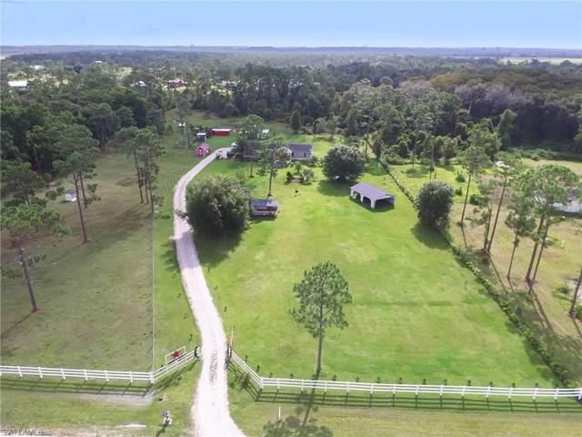 1216 Pine Avenue, Labelle, FL 33935 (MLS #221062571) :: Clausen Properties, Inc.