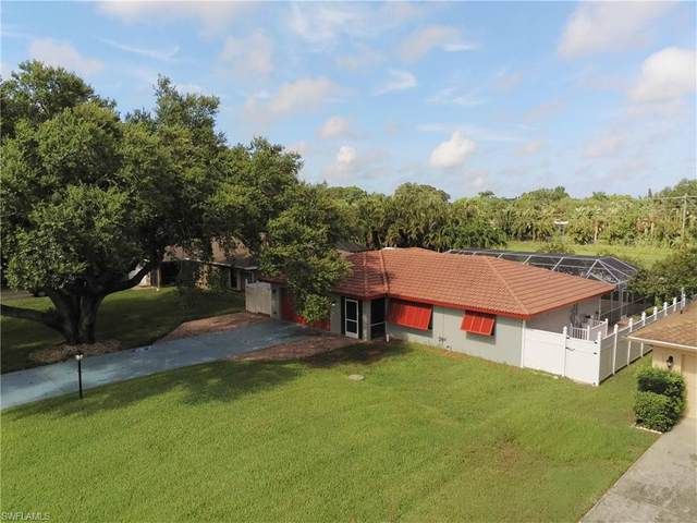 5057 Lexington Boulevard, Fort Myers, FL 33919 (#220033844) :: Caine Premier Properties