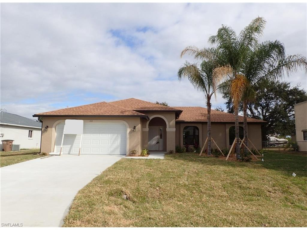 113 NE 20th Pl, Cape Coral, FL 33909 (MLS #216056987) :: The New Home Spot, Inc.