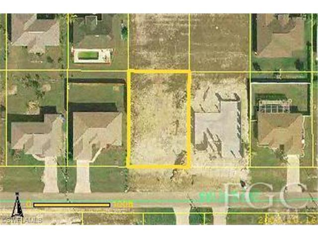 2821 SW 35th St, Cape Coral, FL 33914 (#201340172) :: Homes and Land Brokers, Inc