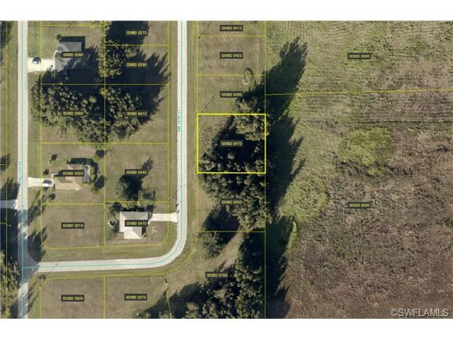639 SW 18th Ct, Cape Coral, FL 33991 (#213506314) :: Homes and Land Brokers, Inc