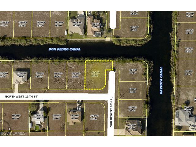 915 NW 13th St, Cape Coral, FL 33993 (MLS #214006457) :: The New Home Spot, Inc.