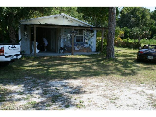 16621 Mcgregor Blvd, Fort Myers, FL 33908 (#214024583) :: Homes and Land Brokers, Inc