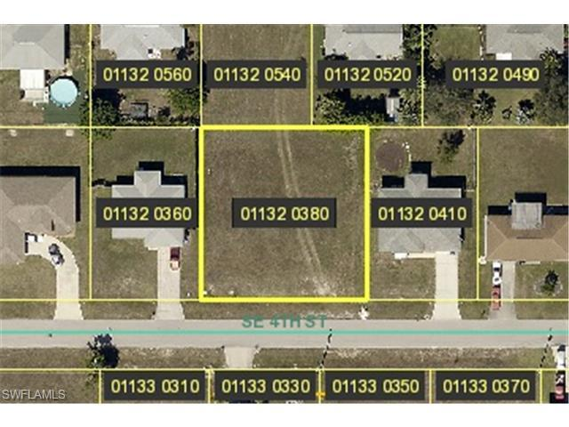 619 SE 4th St, Cape Coral, FL 33990 (MLS #214039627) :: The New Home Spot, Inc.