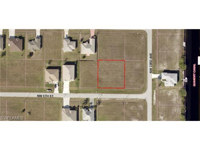 3307 NW 5th St, Cape Coral, FL 33993 (#214041480) :: Homes and Land Brokers, Inc