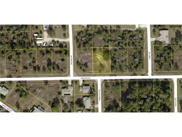 604 Lincoln Blvd, Lehigh Acres, FL 33936 (MLS #214063379) :: The New Home Spot, Inc.