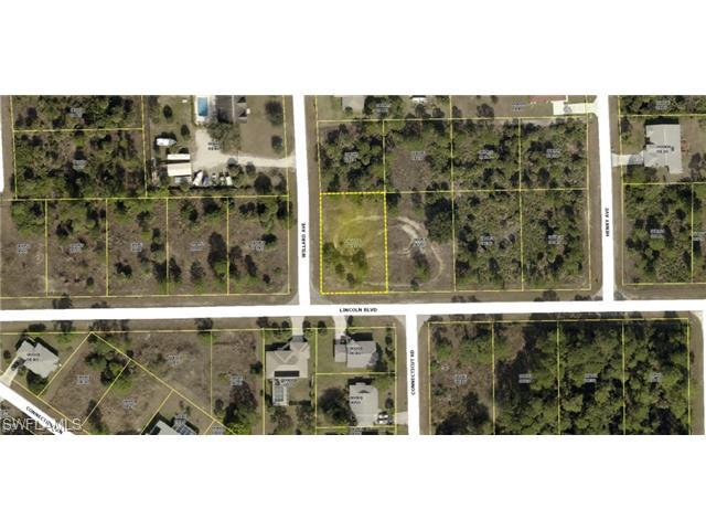 606 Lincoln Blvd, Lehigh Acres, FL 33936 (MLS #214063380) :: The New Home Spot, Inc.
