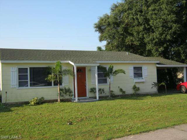 1670 Moreno Ave N #1, Fort Myers, FL 33901 (MLS #214063993) :: The Naples Beach And Homes Team/MVP Realty