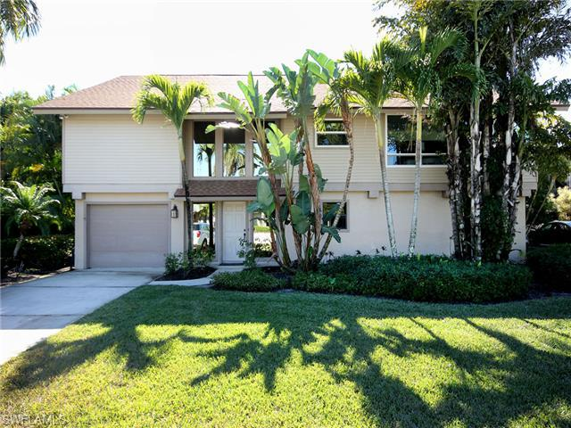 1076 Sand Castle Rd, Sanibel, FL 33957 (MLS #214069637) :: The New Home Spot, Inc.