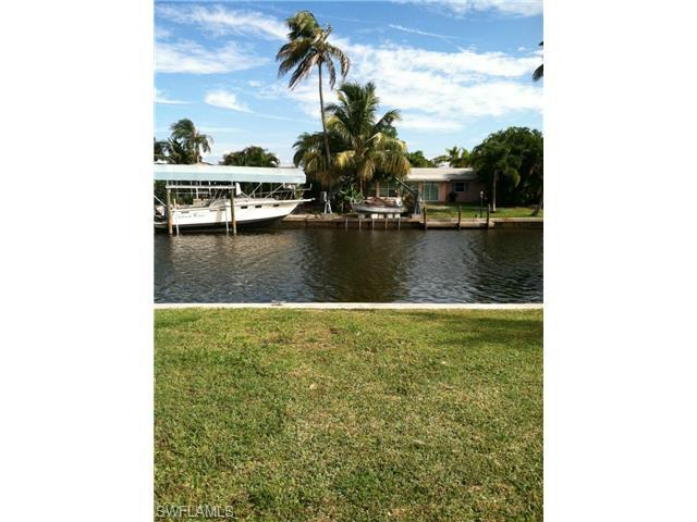 2356 Date St, St. James City, FL 33956 (MLS #215009486) :: The New Home Spot, Inc.