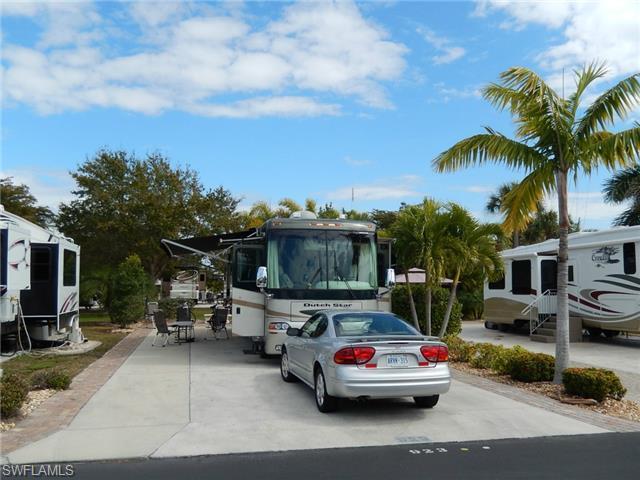 923 High Tide Ln, Fort Myers Beach, FL 33931 (MLS #215013753) :: The New Home Spot, Inc.