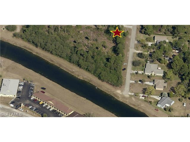 413 Magnolia Ave, Lehigh Acres, FL 33972 (#215014232) :: Homes and Land Brokers, Inc