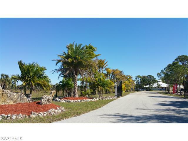 3651 Heron Landing Cir, St. James City, FL 33956 (MLS #215039363) :: The New Home Spot, Inc.
