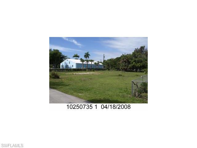 1554 Billie St, Fort Myers, FL 33916 (MLS #215044650) :: The New Home Spot, Inc.