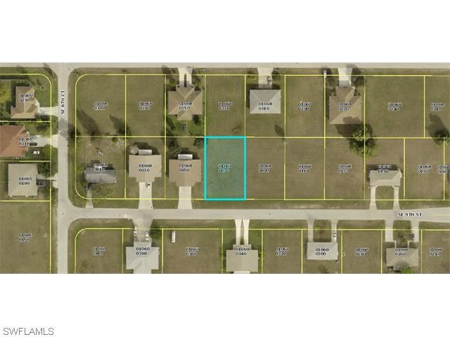 613-617 SE 9th St, Cape Coral, FL 33990 (#215049417) :: Homes and Land Brokers, Inc