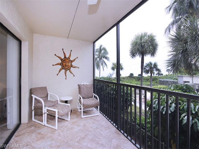 2737 W Gulf Dr #113, Sanibel, FL 33957 (MLS #215054596) :: The New Home Spot, Inc.