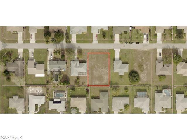 316 SE 30th St, Cape Coral, FL 33904 (MLS #215058921) :: The New Home Spot, Inc.