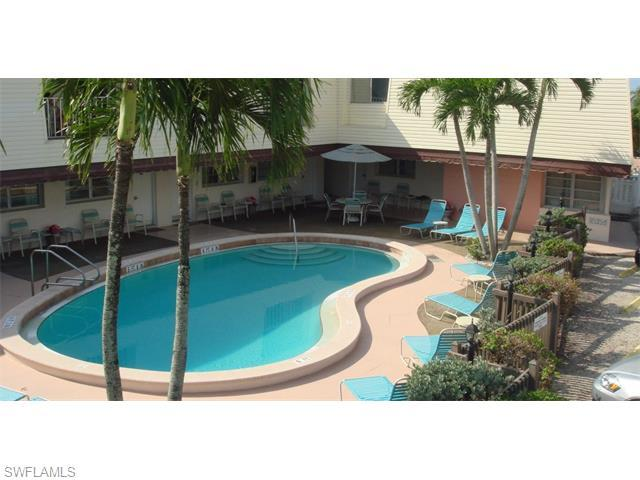2610 Estero Blvd, Fort Myers Beach, FL 33931 (MLS #215066370) :: The New Home Spot, Inc.