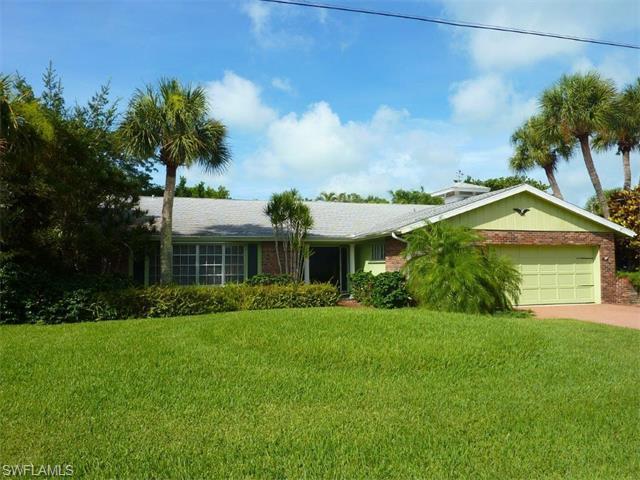 3941 Coquina Dr, Sanibel, FL 33957 (MLS #215068598) :: The New Home Spot, Inc.
