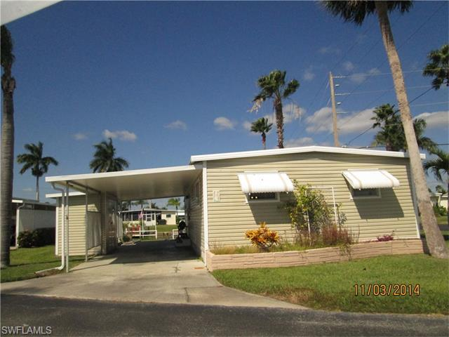 19 Channel Ln W, Fort Myers, FL 33905 (#215069246) :: Homes and Land Brokers, Inc