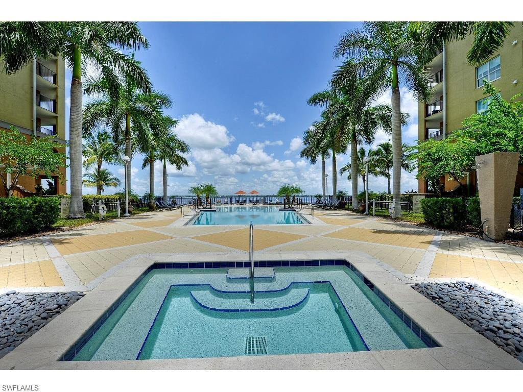 2825 Palm Beach Blvd #316, Fort Myers, FL 33916 (#215070007) :: Homes and Land Brokers, Inc