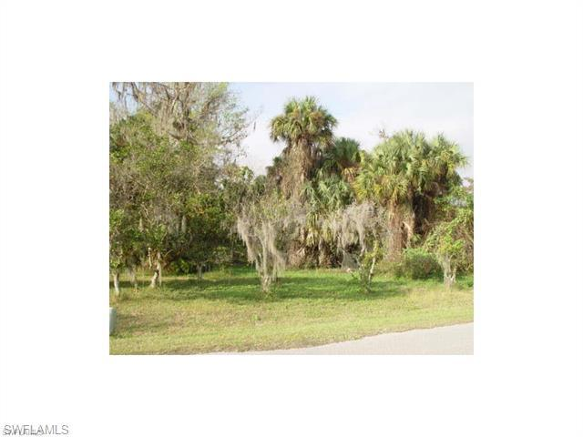 1759 Caloosa Estates Ct, Labelle, FL 33935 (#215071812) :: Homes and Land Brokers, Inc