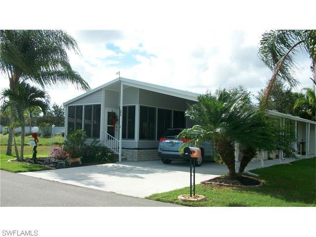5450 Fiddleleaf Dr, Fort Myers, FL 33905 (#215072209) :: Homes and Land Brokers, Inc