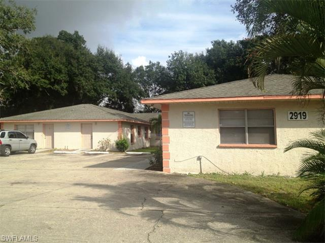 2919 Jackson St, Fort Myers, FL 33901 (MLS #216003429) :: The New Home Spot, Inc.