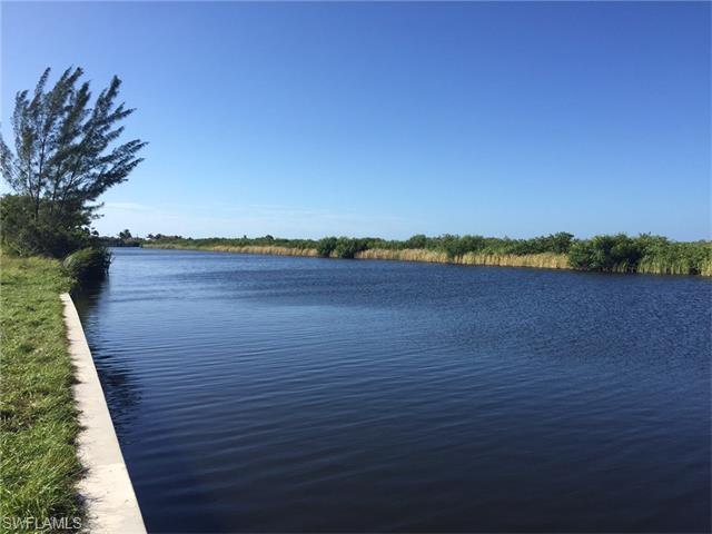 3500 Surfside Blvd, Cape Coral, FL 33914 (#216004705) :: Homes and Land Brokers, Inc