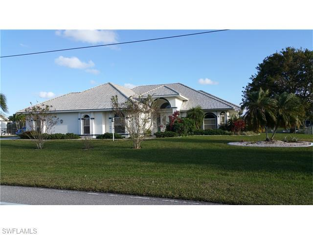 2733 Kamal Pky, Cape Coral, FL 33904 (#216006006) :: Homes and Land Brokers, Inc