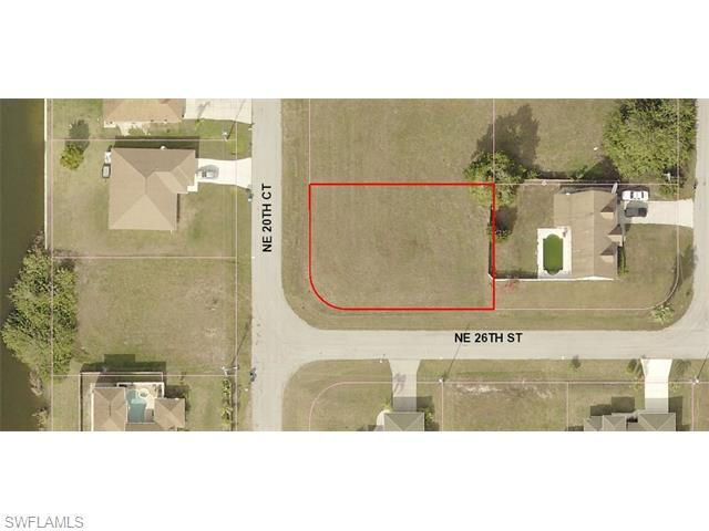 2601 NE 20th Ct, Cape Coral, FL 33909 (MLS #216008615) :: The New Home Spot, Inc.