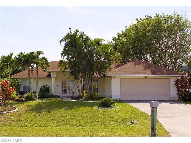 918 SW 47th St, Cape Coral, FL 33914 (MLS #216009441) :: The New Home Spot, Inc.