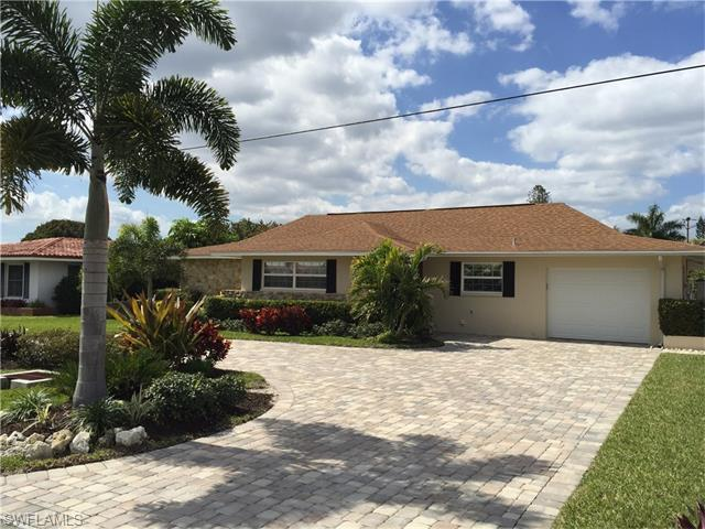 5326 Colonade Ct, Cape Coral, FL 33904 (#216014245) :: Homes and Land Brokers, Inc