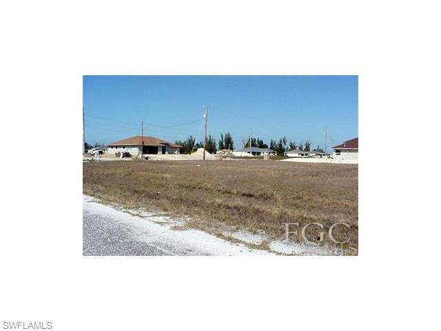 1001 NW 24th Ave, Cape Coral, FL 33993 (#216015897) :: Homes and Land Brokers, Inc