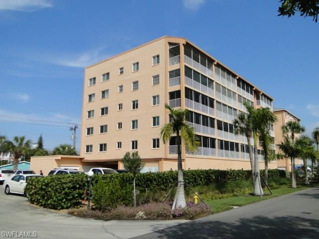 345 Mango St #504, Fort Myers Beach, FL 33931 (MLS #216017329) :: The New Home Spot, Inc.