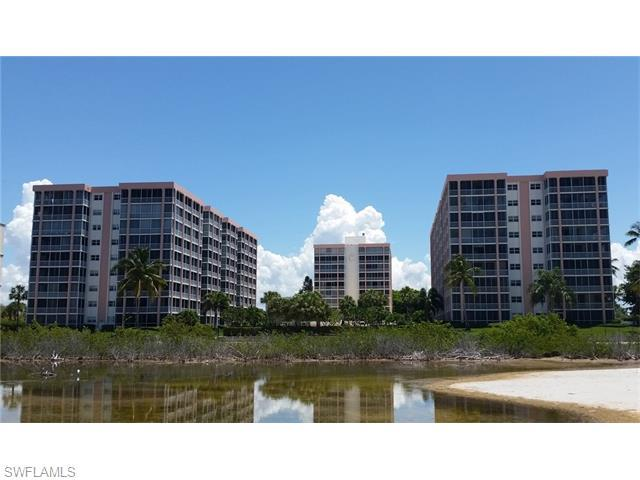 7146 Estero Blvd #411, Fort Myers Beach, FL 33931 (MLS #216018255) :: The New Home Spot, Inc.